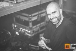 Chris Liebing – AM FM Podcast 026 – 09-08-2015 – @ChrisLiebing