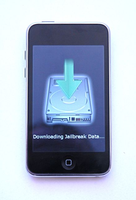 Download Redsn0w 0.9.5 beta to Jailbreak iPhone OS 4/ iOS 4