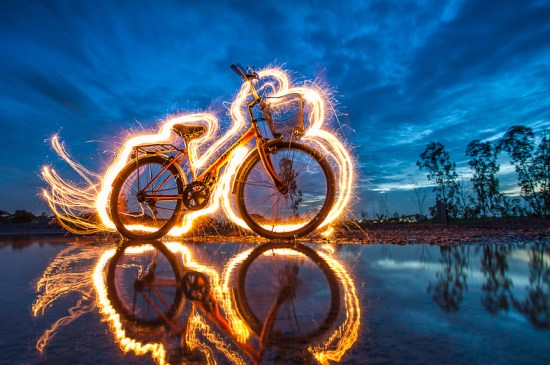cycle on fire Light Painting Photography