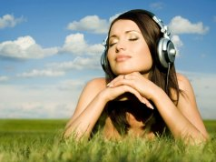 woman cloud music