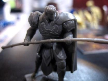 Eine Figur aus Dungeon Saga in Nahaufnahme.