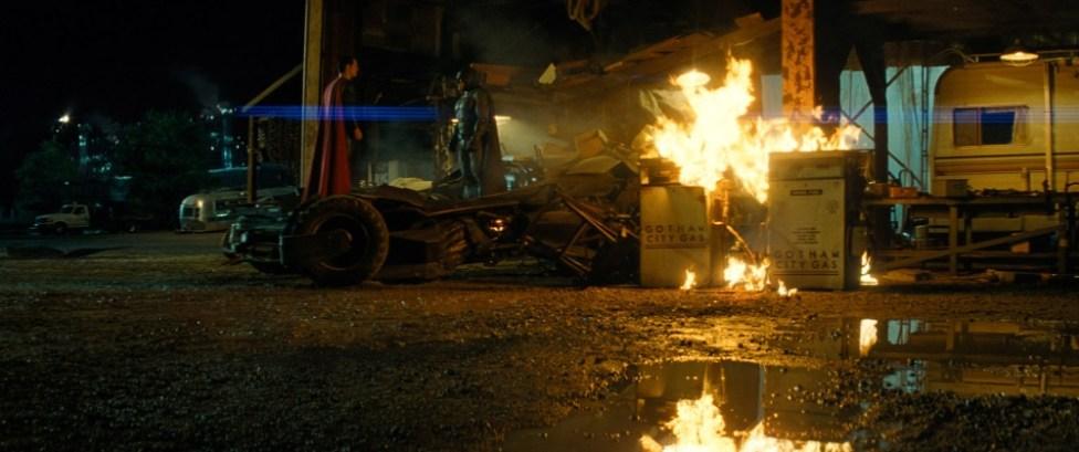 Batman v Superman (c) Warner Bros, 2016