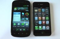 Samsung_Nexus_S_vs_Apple_iPhone-_4
