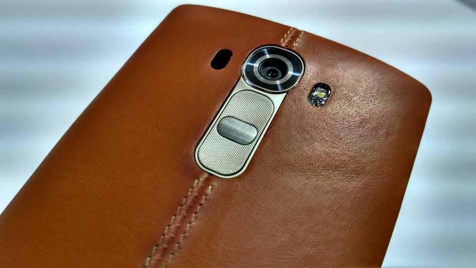 LG G4 tem versão em couro natural.