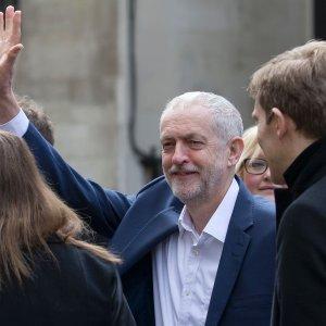 G.B., il Labour ha pregiudizi antisemiti? Sospeso ex sindaco di Londra Livingstone