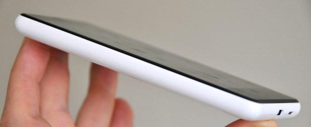 Nokia Lumia 820 - Perfil