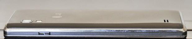 LG Optimus L9 - derecho