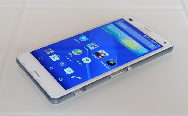 Sony Xperia Z3 Compact - 4
