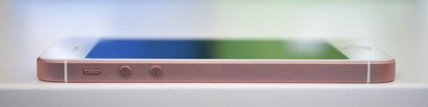 iPhone SE - 12