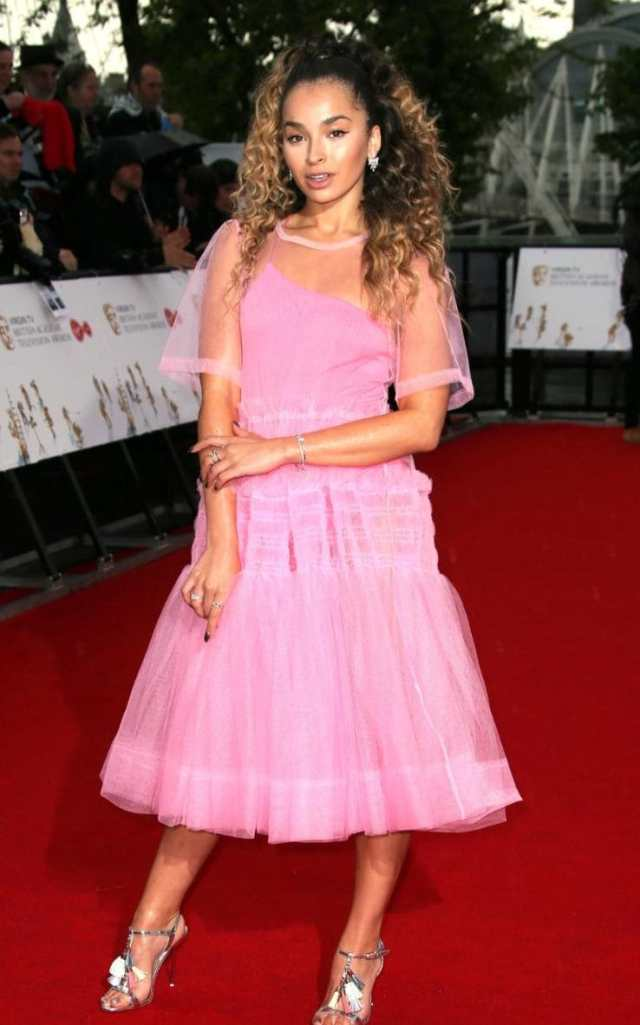Singer Ella Eyre's tulle dress was a playful, punch pink.