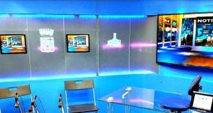 Lavori nello studio di TeleMasone Rete ValleStura