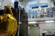 Ensayos de vibración sobre el modelo de vuelo del satélite Arsat 1 en Ceatsa. Imagen: Ministerio de Planificación Federal