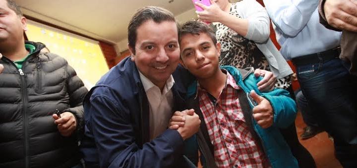 """El titular del Mintic presentó """"Conexiones digitales"""" en Tunja. Imagen: Mintic"""