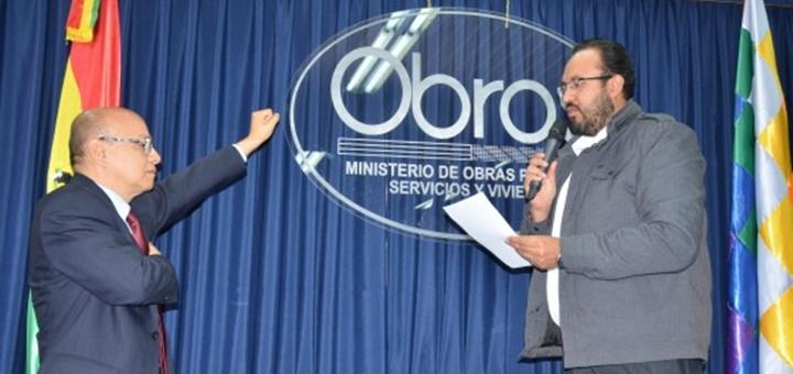 Roy Méndez asumió como director del regulador ATT. Imagen: Ministerio de Obras Públicas, Servicios y Vivienda.