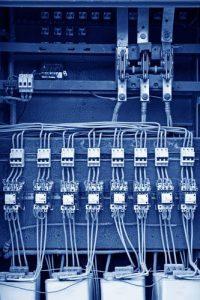 shutterstock_ junrong_industria_equipamento
