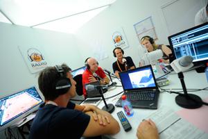 f_radio1_en