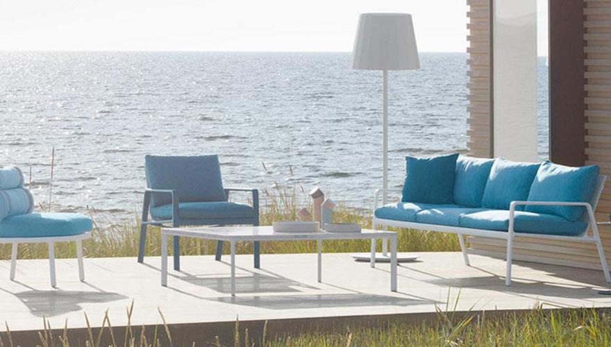 KETTAL Canapé - fauteuil bas - table basse - fauteuil bas Roll - lampe extérieure Park-life