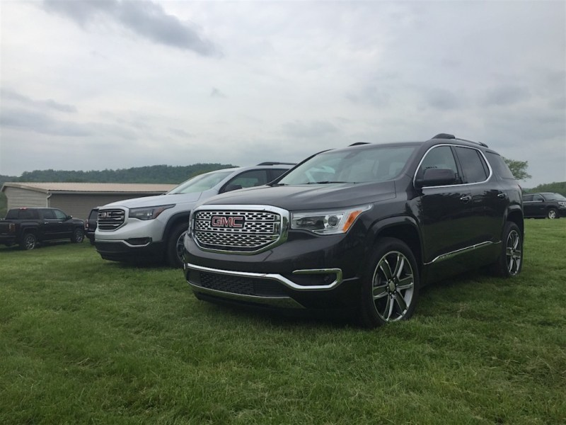 Can the All New 2017 GMC Acadia Capture Even More Customers   Review     2017 gmc acadia denali