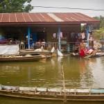 Storm, flash floods hit Thailand's southern provinces