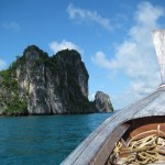 Krabi officials expedite rescue of 100 tourists stranded on Koh Hong