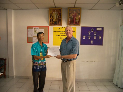 Dr. Anthony B James receives Aachan/ Professor Certification at Wiangklaikangwan Industrial College, Hua Hin, Thailand December 1st. 2006