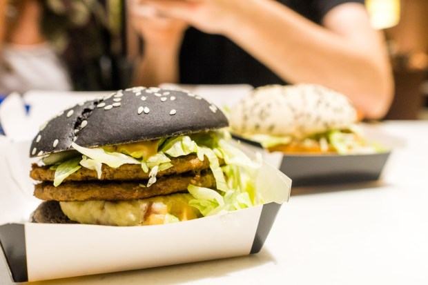 that food cray mcdonalds black white burger 6 McDonalds Cray !!! Black & White Burger