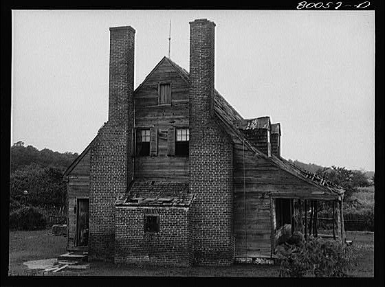 The Briscoe family home at Ridge, Md., in the 1930s.