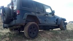 stretch jeep