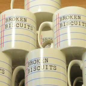 tea-time_broken-biscuits_19