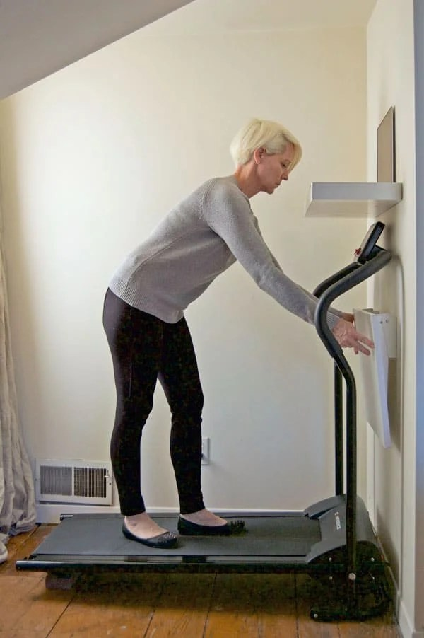 Diy Walking Desk For 250 And That Includes The Treadmill