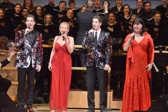 "Soloists sisters Liz Callaway, Ann Hampton Callaway and twins Will and Anthony Nunziata with Music Director Steven Reineke, The New York Pops and Essential Voices USA in ""Make the Season Bright"" (December 16 & 17, 2016) (Photo credit: Maryann Lopinto)"
