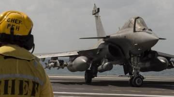Crédit photos : Marine nationale / ECPAD