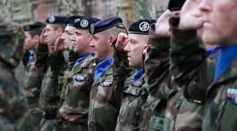 Prise d'armes à l'occasion du retour en France de l'Eurocorps le 31 janvier 2013 à Strasbourg.