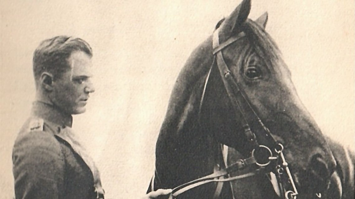 Fritz von Unruh en officier de cavalerie