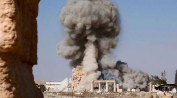 Destruction de sites archéologiques de Palmyre par Daech.