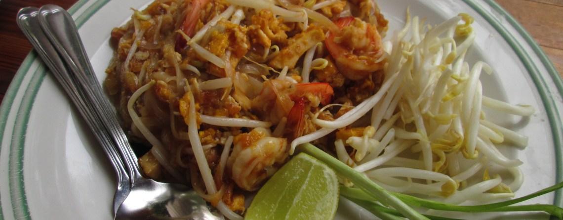"""My Favorite """"Cheap Eats"""" in Chiang Mai"""