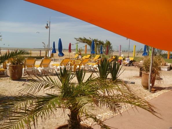 Esa orange beach cafe
