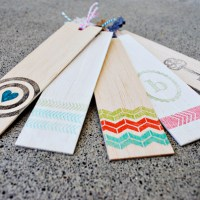 Gifts for Avid Readers plus a Handmade Gift Library