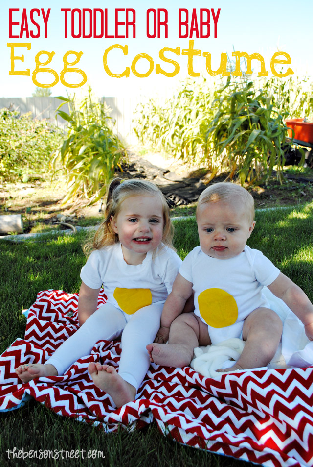 Easy Toddler or Baby Egg Costume at thebensonstreet.com