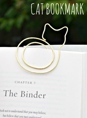 cat bookmark pin