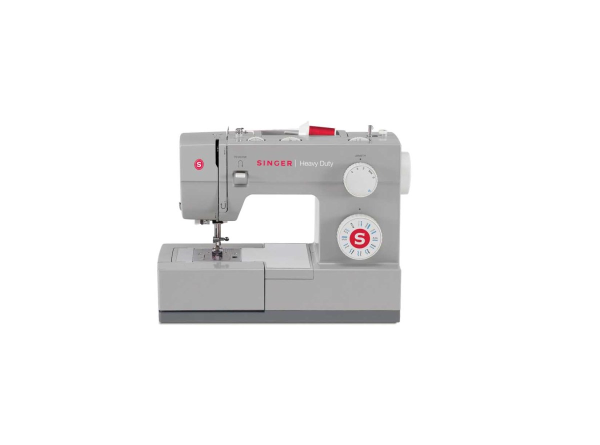 SINGER 4423 Heavy Duty Model Sewing Machine for $118.23 at Amazon