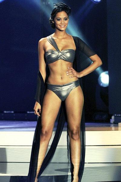 Alina Buchschacher bikini