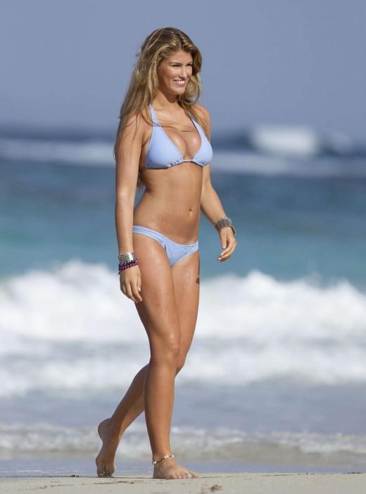 Willerton Amy Candid Bikini shots-Beautiful