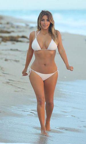 Kim Kardashian Sexy Bikini Pics 2014