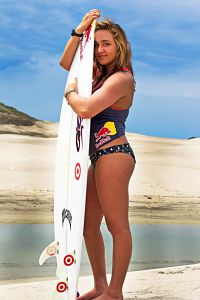 CARISSA-MOORE-Bikini-Beautiful-Surfer-Girl-in-action