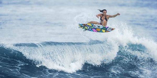 CARISSA-MOORE-Surfer-Girl-in-action