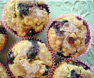 277303173blueberry-oatmeal-muffins