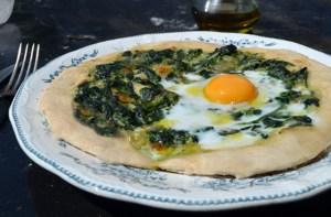 Spinach-Epinard-Oeuf-Egg-Pizza-fondant-mini-chocolate-cake-Muffin-crumble3-fraise-pomme-cannelle-strawberry-cinnamon-apple-031felipe-terrazzan-the-blind-taste-food-blog-gourmand-cuisine-culinary-recette-recipe-guide-restaurant-paris-new-york-sao-paulo-fooding-receitas-gastronomia-cozinha-delicious-easy-tasty-facile-candelaria-glass-paris-3-marais-restaurant-tacos-tapas-mexicain7-sake-sakerinha-cocktail-fraise-basilic-basilc-strawberry-bruschetta-grapes-raisins-chèvre-noix-walnuts-bruschetta 1-tarte-caramel-poires-caramelises-caramelized-pears-chocolate-dark-white-raspberry-2