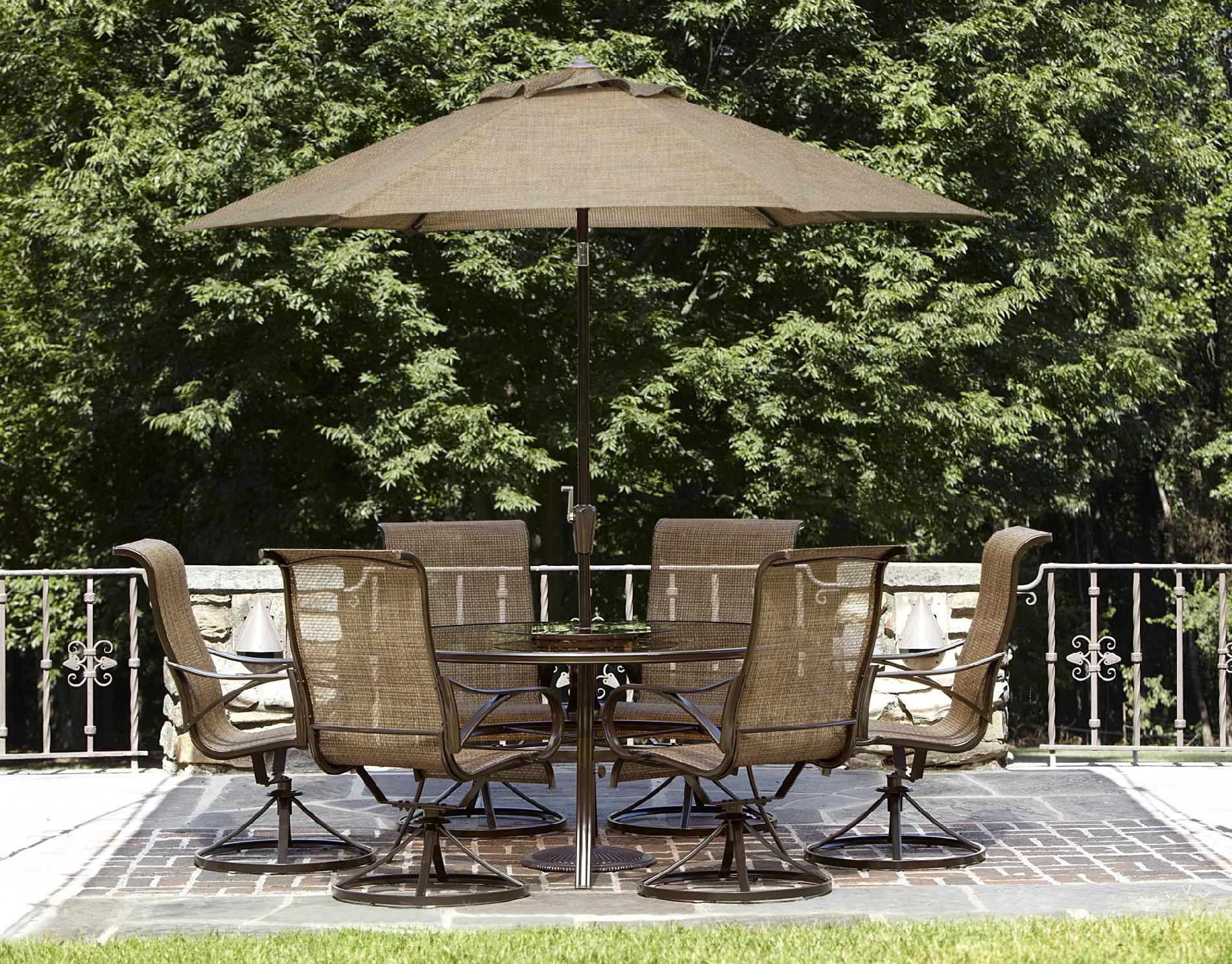 Outdoor Patio Umbrellas at Home and Interior Design Ideas