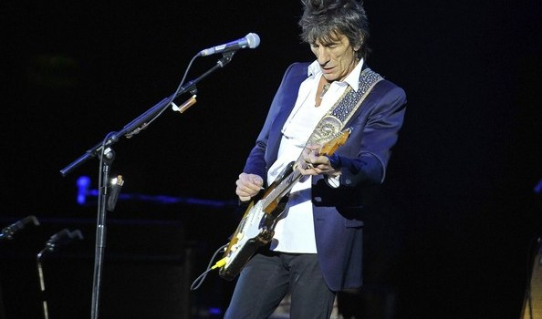 Rolling Stones legend Ronnie Wood seen rocking l0LCIgctkukl